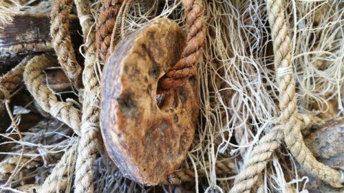 """""""Šuri""""-fishing net floats"""