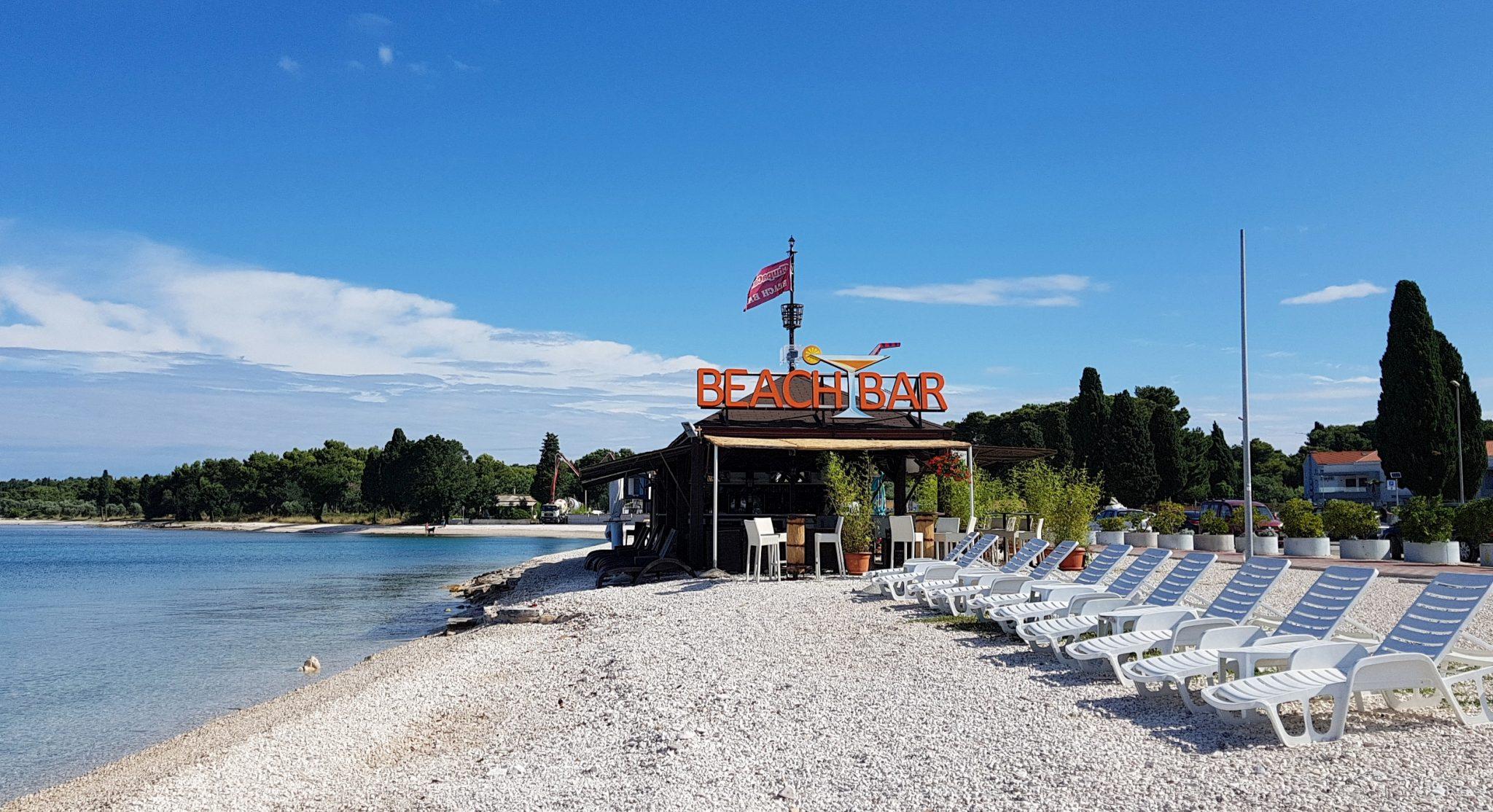 BEACH BAR CHUPACABRA