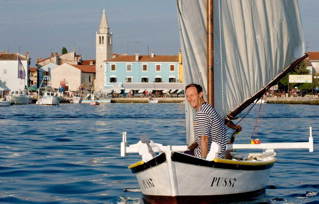 SAILING ON TRADITIONAL BOATS