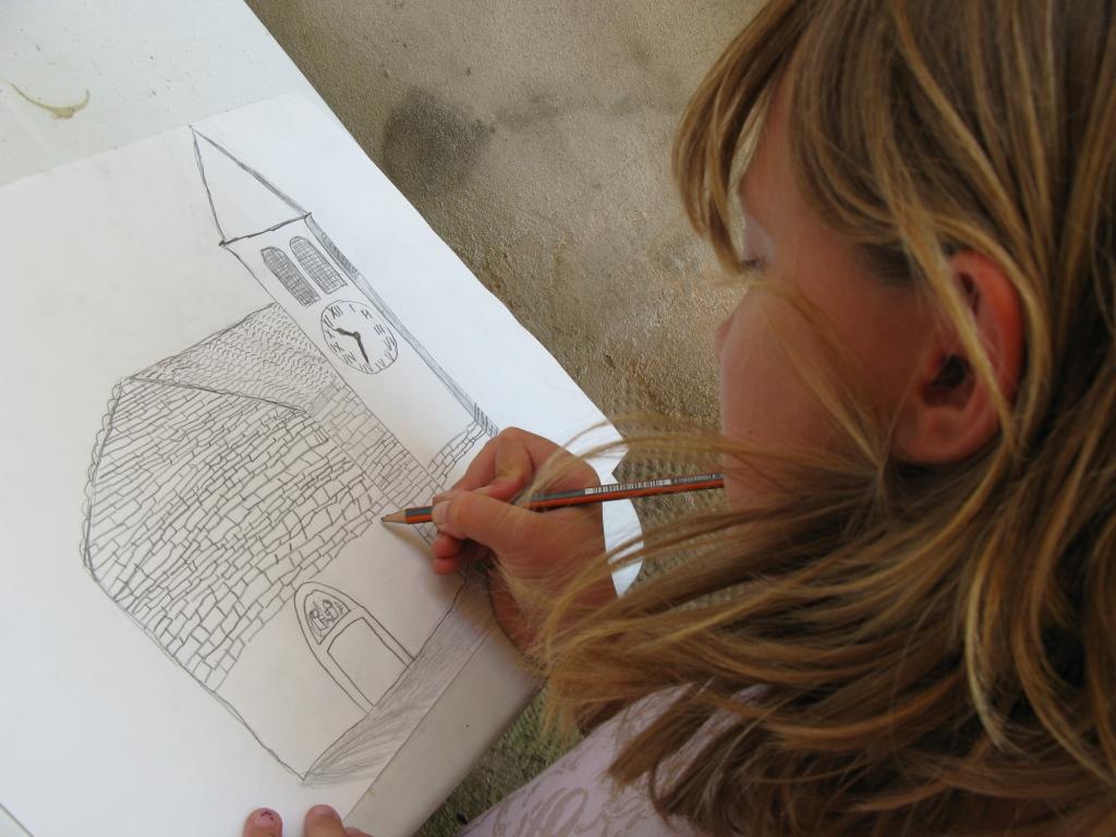 LITTLE CREATIVE ARTISTS 8