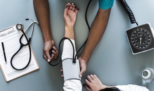Gesundheitsversorgung von Feriengästen